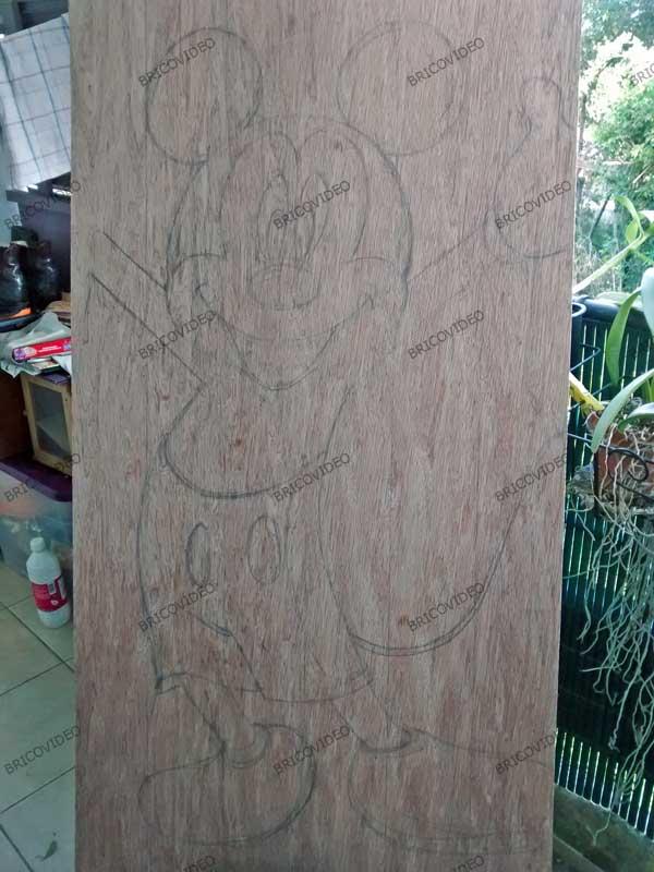 réaliser une silhouette en bois déco chambre enfant
