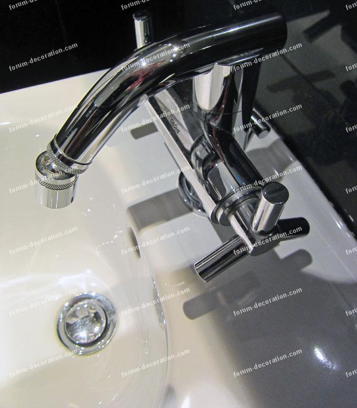 robinet mélangeur salle de bains